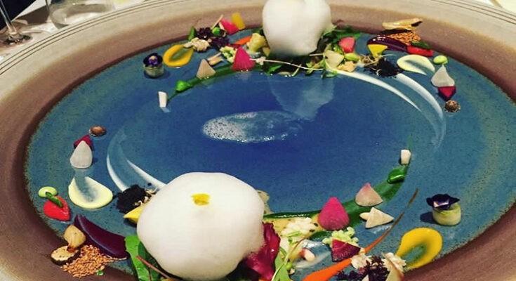 Art-on-a-plate---Earth,-Hajime
