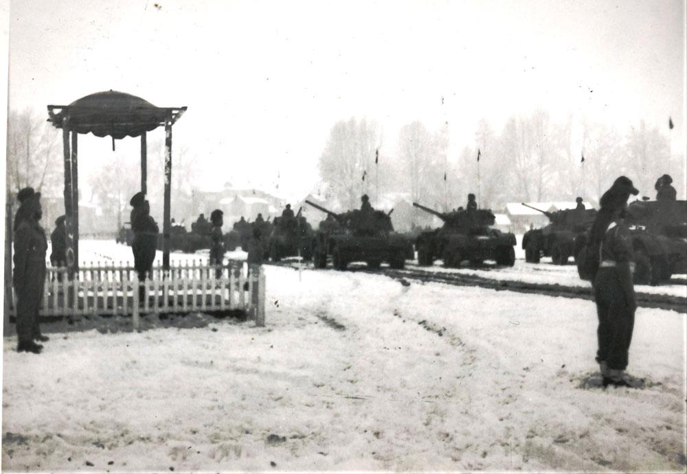 First-Republic-Day-Parade,-Srinagar--1950