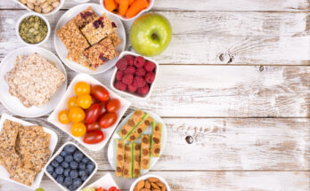 10 Healthy Snacks Under 200 calories to Prevent Overeating