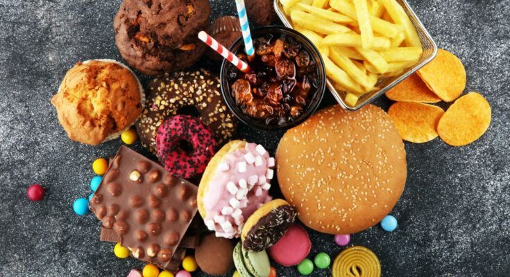 7 Worst Foods for Your Brain
