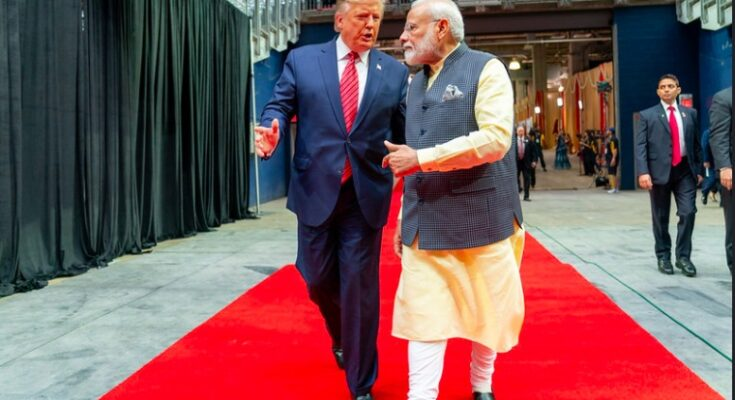 Photo for Indian Prime Minister Narendra Modi with US President Donald Trump at the Howdy
