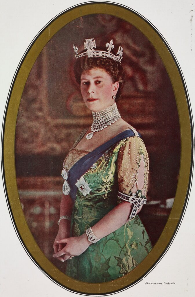 A magazine picture in 1914 of the Koh-i-Noor in the crown of Queen Mary