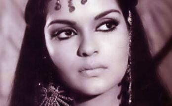 Zeenat Aman Top Songs - Seniors Today