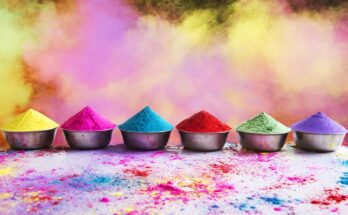 10 Sparkling Holi Songs - Seniors Today