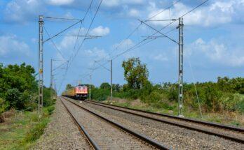 Derailed Train, Edgeless Strain, Endless Pain - Cover Image