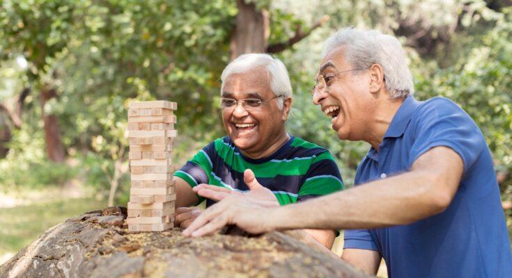 10 Habits of Happy People - Seniors Today