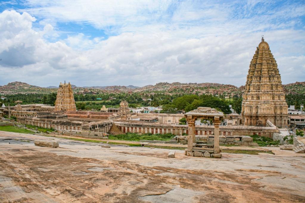 16_View of the Virupaksha Temple from Hemakuta Hill 4_1