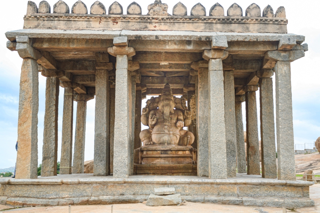 22_Sasivekalu Temple